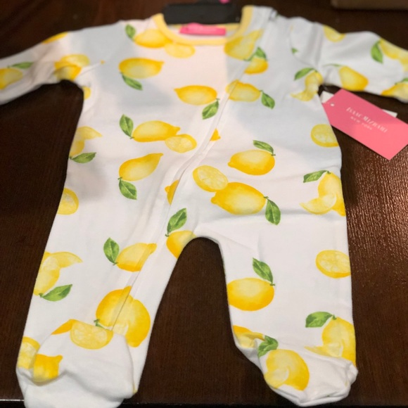baby Card Embellishments New Baby Booties Bibs Toppers lemon /& white Jumpers